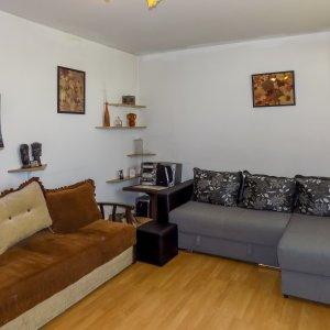 Apartament 3 camere decomandat langa Parcul Moghioros