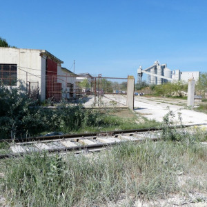 NAVODARI - PETROMIDIA Teren industrial cu hala si platforma betonata!