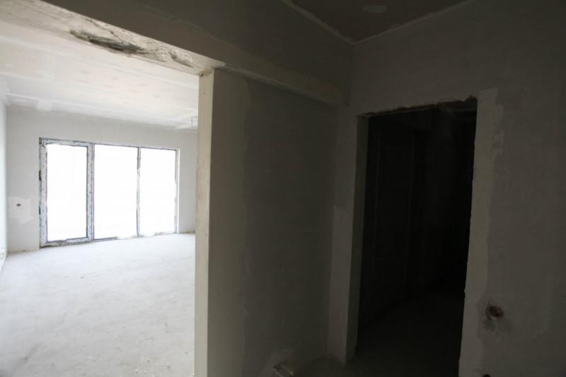 Apartament spatios pozitionat langa plaja Mamaia nord, finisat de lux