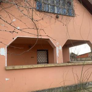 Casa si teren in Bercu Rosu