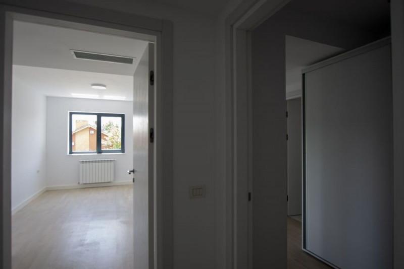 Apartament nou cu 3 camere bloc finalizat Iancu Nicolae