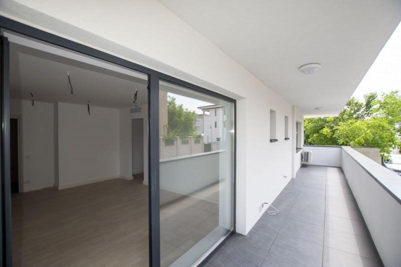 Iancu Nicolae apartament 2 camere bloc nou